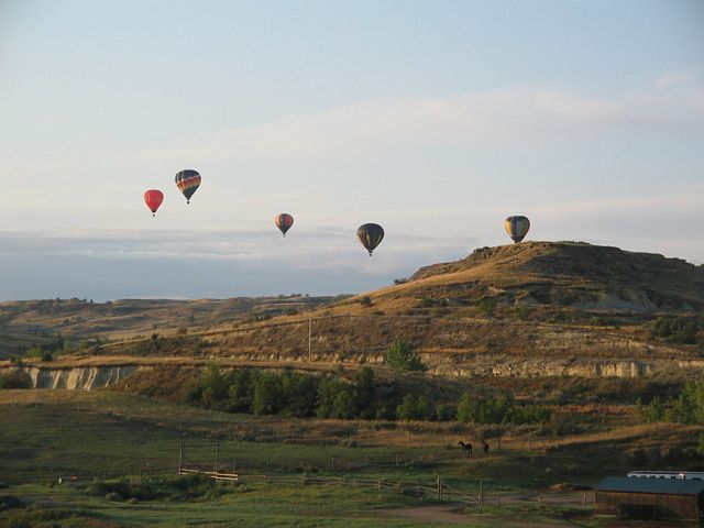 Hot air balloon - floating over Badlands